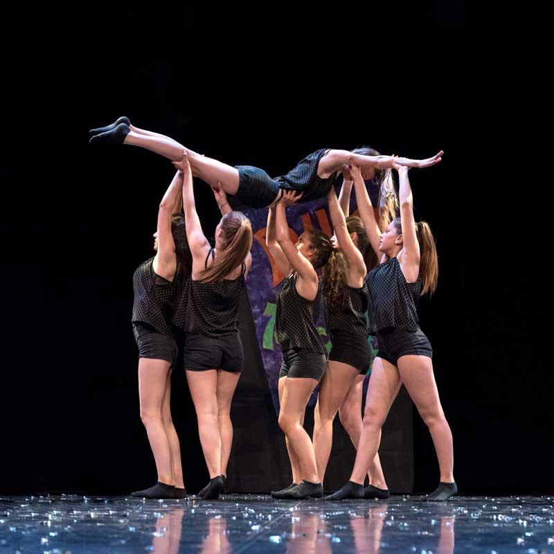 Danse contemporaine aux Parasols